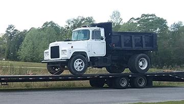 Shipping 2002 Mack Dump Truck