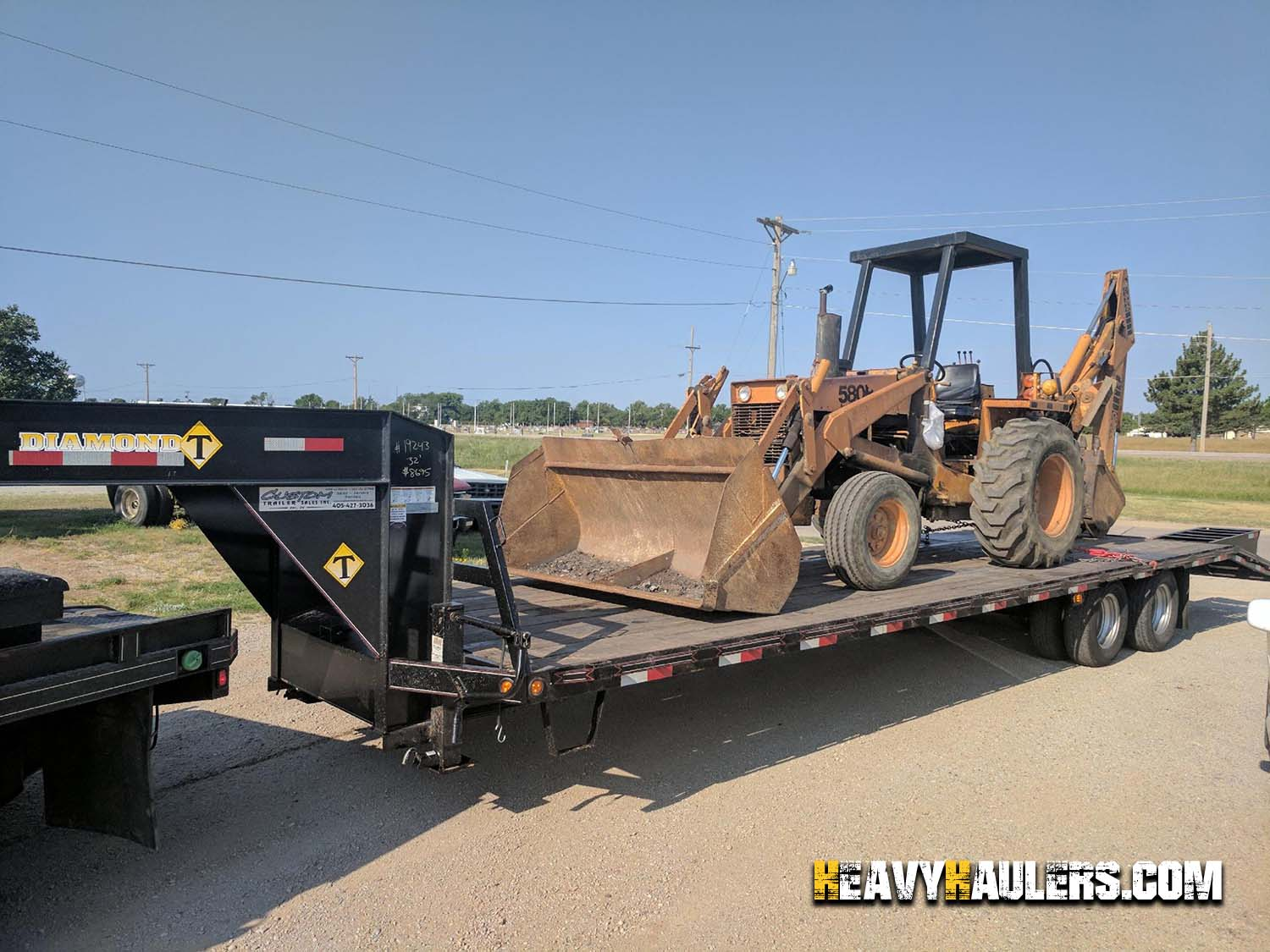 Backhoe Shipping Services | Heavy Haulers | (800) 908-6206