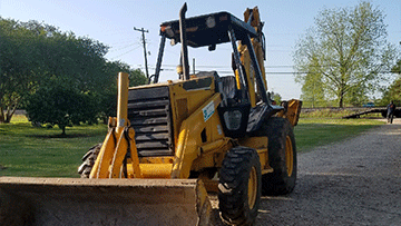 Caterpillar 416B Backhoe Loader In Transport