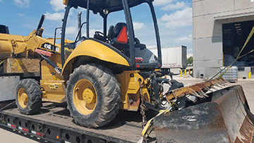John Deere 414E Industrial Loader In Transport