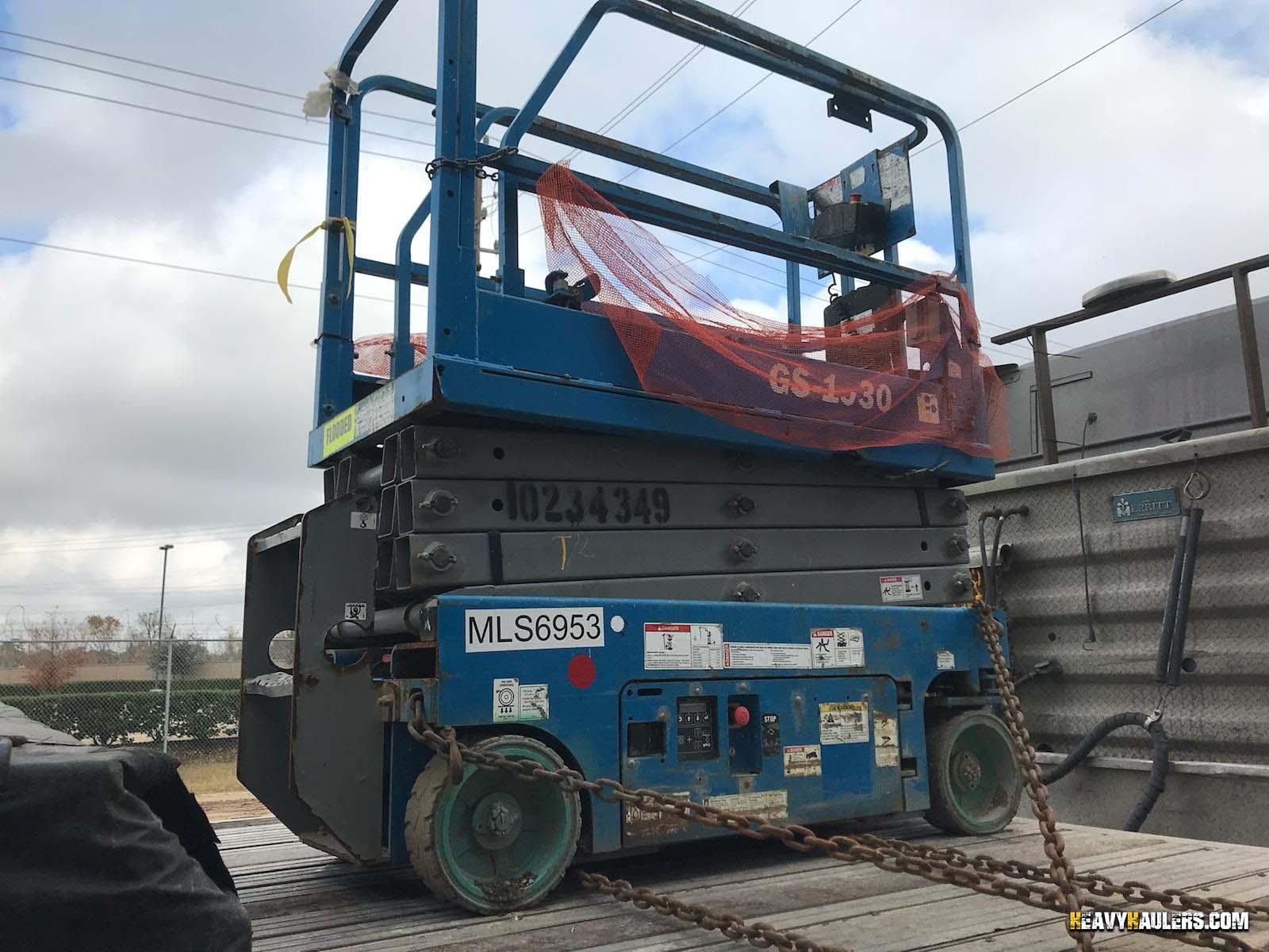 Scissor Lift Shipping | Heavy Haulers | (800) 908-6206