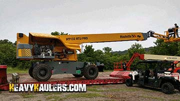 Transporting Haulotte HA132RTJ Lift