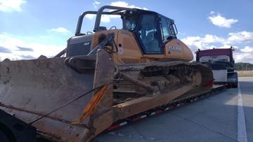 Bulldozer transport to Delaware