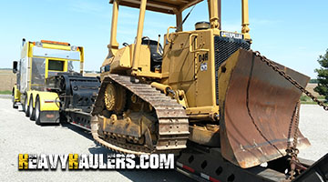 Transporting a Caterpiller D4H bulldozer on a 8 axle rgn