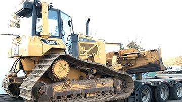 Caterpillar D6N LGP Bulldozer In Transport