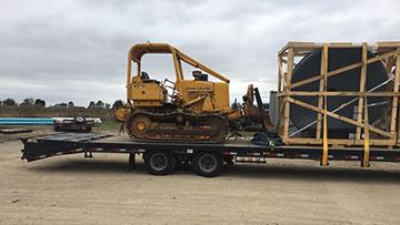 John Deere 450E Bulldozer In Transport