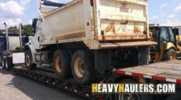 Freightliner Tadem Axle Dump truck In Transport
