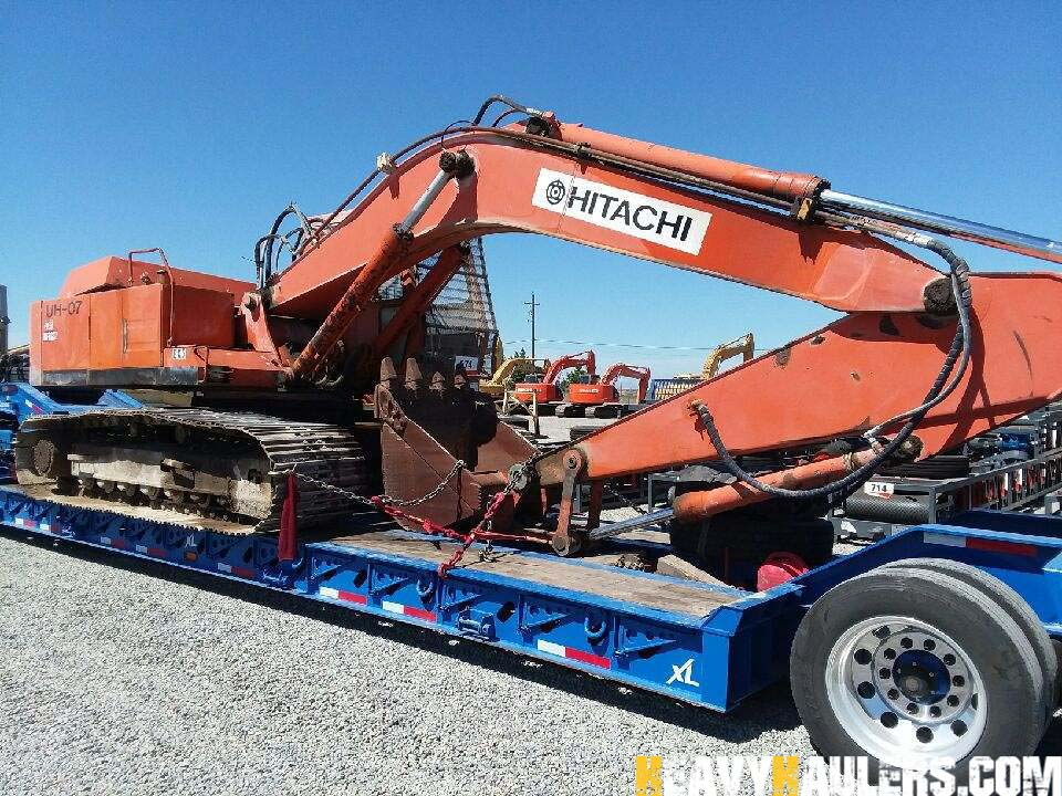 Excavator Shipping Services | Heavy Haulers | (800) 908-6206