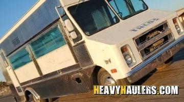 Hauling a food truck in Arizona
