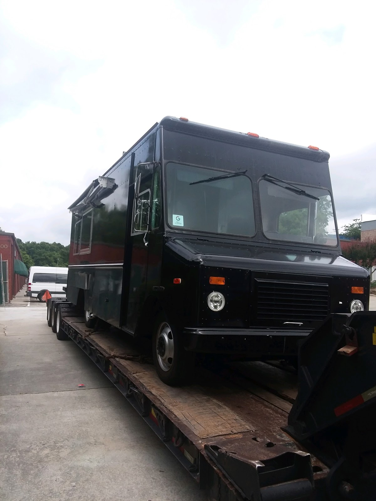 Food truck shipping in Florida