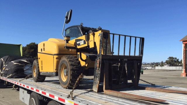 Hauling a Caterpillar Forklift