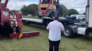 Forklift Shipping Services | Heavy Haulers | (800) 908-6206