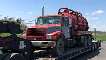 Transport Mack Granite Water Truck