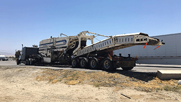 Transporting a Terex PR600 cold planer