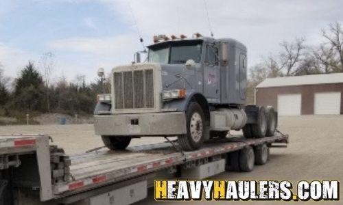 Peterbilt semi truck transport
