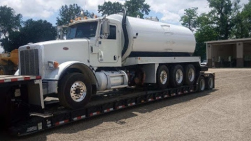 Tank truck transport in Louisiana