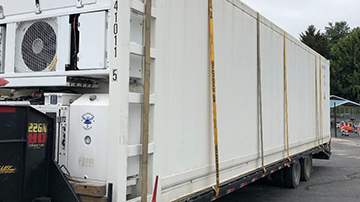 40' Reefer transport container shipped on a hotshot trailer