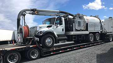 Transporting 2008 International 7400 Vacuum Truck