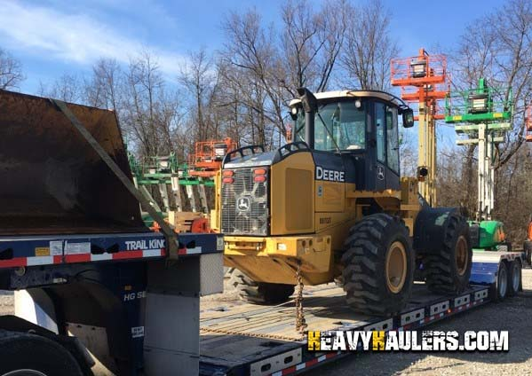 JD 544 Wheel Loader Transport