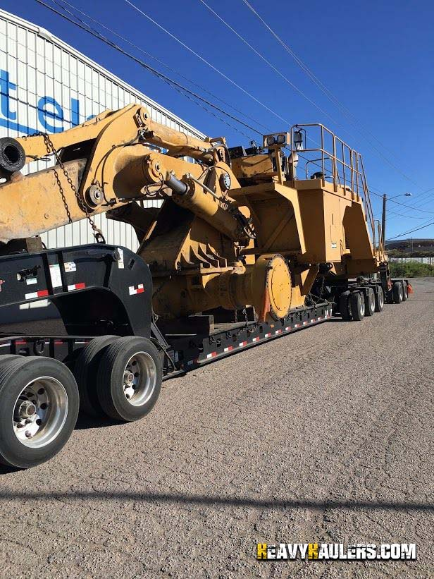 Transporting Caterpillar 992G